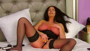 Sophy Davis Pounded Her Tits